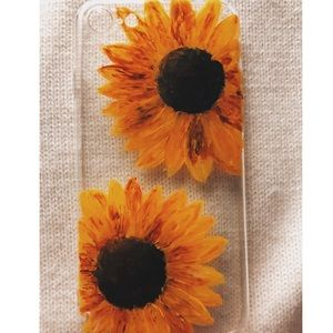Accessories - Sunflower iphone case